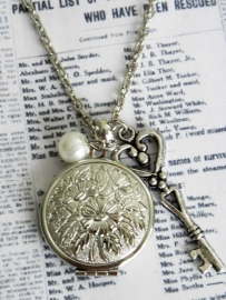 "Medaillon Ketting ""Locked Little Locket"""