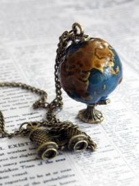 """Ketting """"Globe"""""""