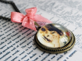 "Ketting ""Cute Little Vintage Girl"""