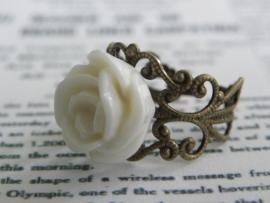 """Bronskleurige Ring """"Ivory Rose"""""""