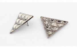"Oorbellen ""Studded Triangle"""