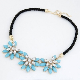 "Statement Ketting ""Blue Flower Fever"""