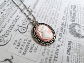 """Camee Ketting """"Those Were The Days"""" Roze"""