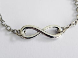 "Infinity Armband ""Chained Infinity"""