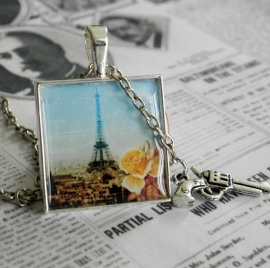"Eiffeltoren Ketting ""Murder in Paris"""