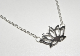 "Lotus Ketting ""Tiny Lotus"""