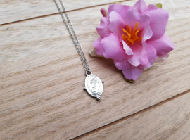 "Roos Ketting ""Oval Rose Tag"""