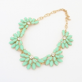 "Statement Ketting ""Mint Flowers"""