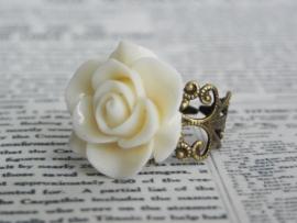 "Ring ""Vintage Cream Rose"" Bronskleurig"