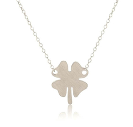 "Subtiele Ketting ""Stainless Steel Clover"" Zilver of Goud"