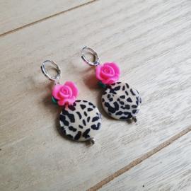 """Luipaardprint Oorbellen """"Leopard Rose"""" Creme met Roze"""