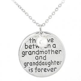 "Tekst Ketting ""Grandmother and Granddaughter"""