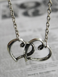 "Ketting ""Two Hearts"""