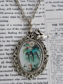 """The Vintage Birds Collection Ketting """"3 Little Birds"""""""