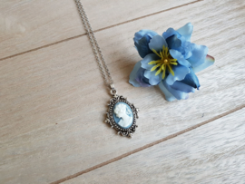 "Camee Ketting ""Blue Lady"""