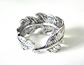 "Veer Ring ""Silver Feather"""