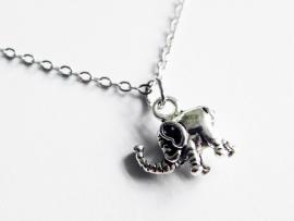 """Olifant Ketting """"Dainty Elephant"""""""