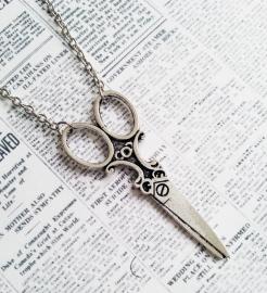 """Antiek zilverkleurige ketting """"Scissors"""" met schaar"""