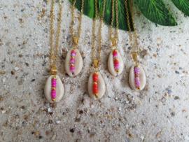 """Schelp Ketting """"Beaded Seashell"""" Goudkleur - Keuze uit verschillende kleuren"""