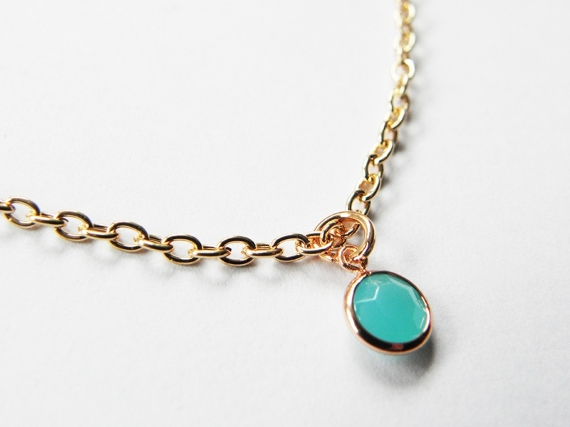 "Ketting ""Tiny Light Turquoise Stone"""