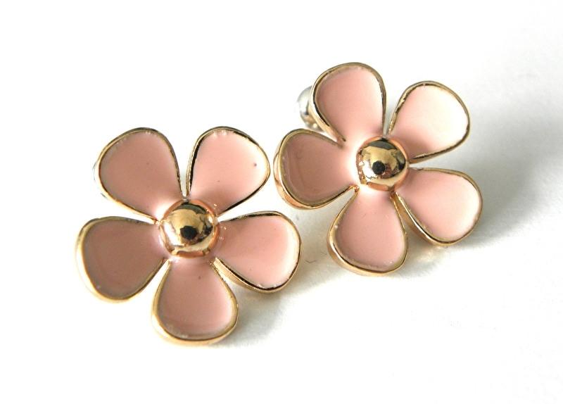 "Oorbellen ""Light Pink Enamel Daisy"""