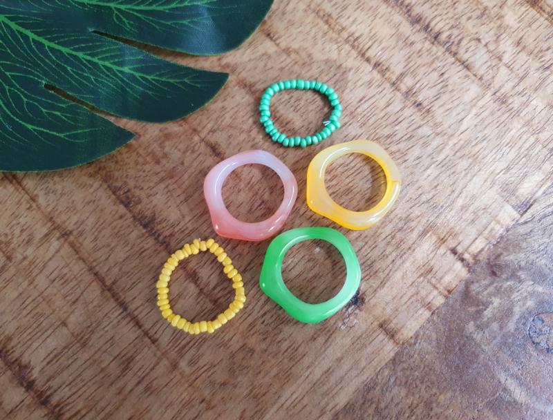 """Ringen Set """"Green, Yellow & Coral"""" 5 stuks"""