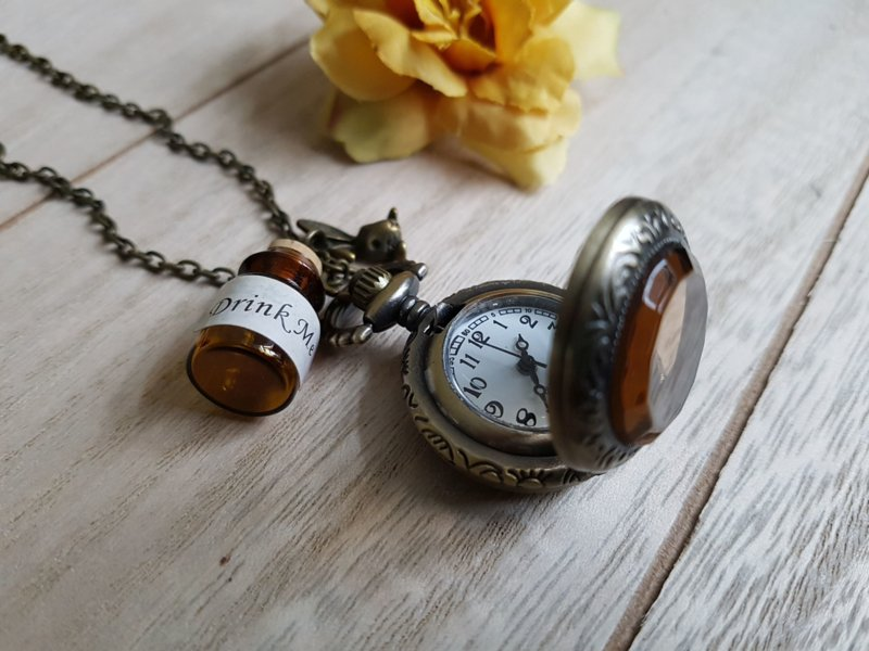 "Horloge Ketting ""Alice In Wonderland"" Small"