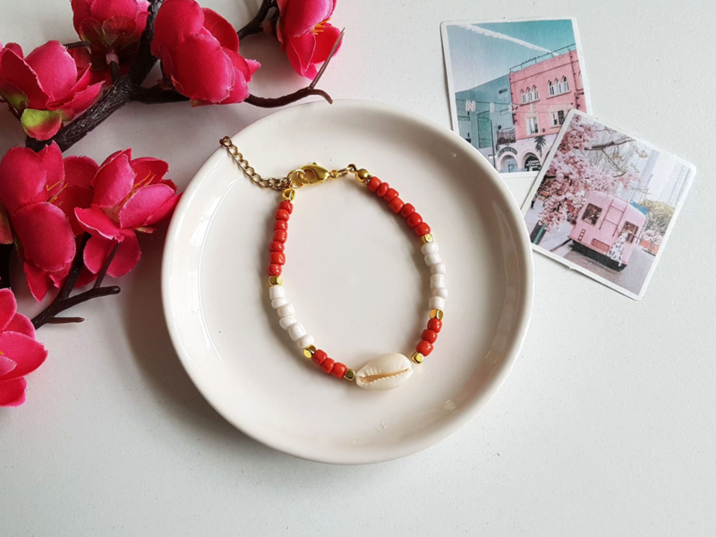 "Schelp Armband ""Red, White & Gold"""