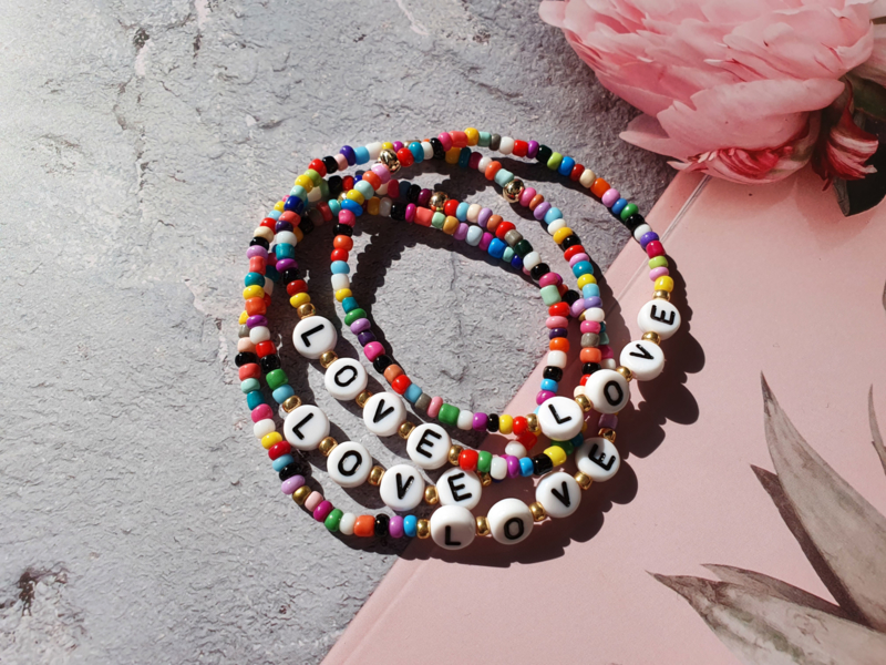 "Kralen Armband ""Happy LOVE"""