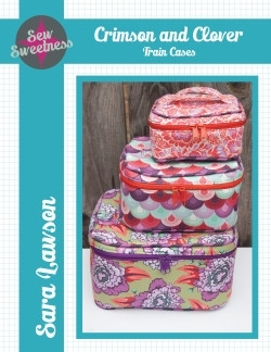 Sew Sweetness - Crimson and Clover Train Cases - Patroon