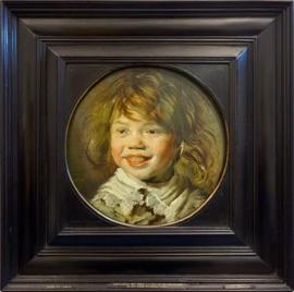 Jeune garçon riant