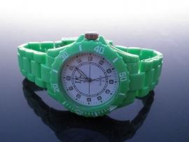 Horloge. Groen! Nieuwe Trend!