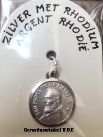 Zilveren Pater Pio medaille.