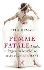 Pat Shipman ; Femme fatale