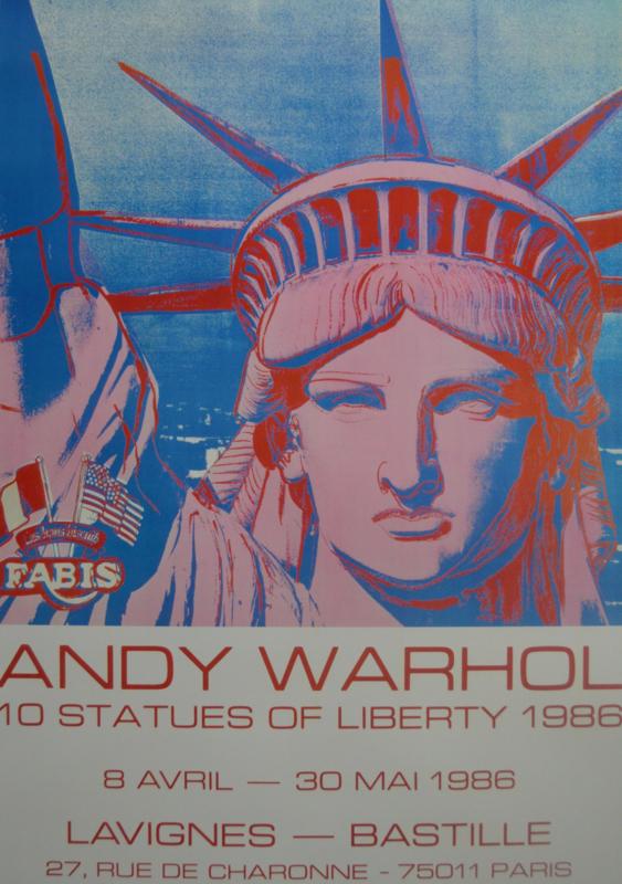 10 Statues of liberty
