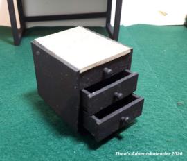Ladeblok voor bij het bureau (zelf maken)
