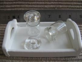 Glazen flesje met glazen deksel (glas)