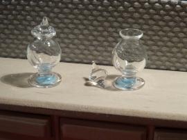 Glazen sierpot (op voet) met glazen deksel (glas)