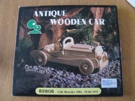 Houten model auto