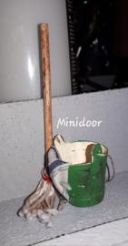 Mop, dweil en emmer (zelf maken)