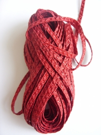 Hoedenstro 38 - Dark Red