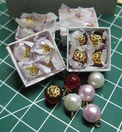 Doosje met Kerstballen (zelf maken)