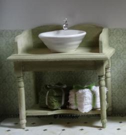 Toilettafel met waskom