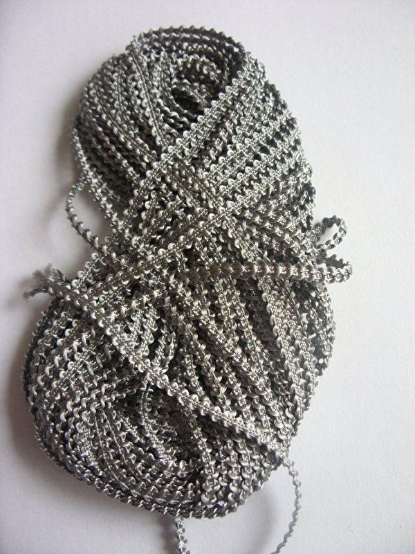Knobbelband 18 - grey