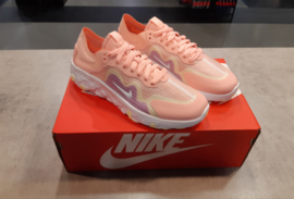 OUTLET | Nike Renew Lucent bleached coral/white | Meerdere maten!