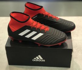 Adidas Predator 18.2 FG maat 42+