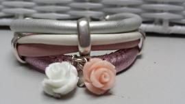 stoere meidenarmband leer roze, wit zilver