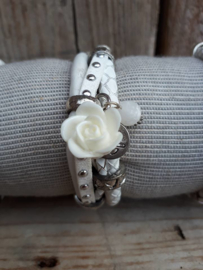 Armband leer wit studs