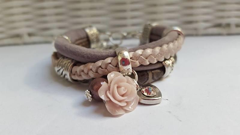Armband leer taupe roze