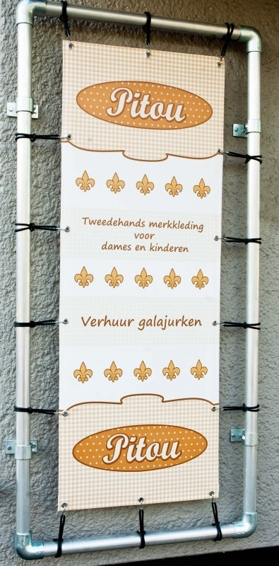 De banner